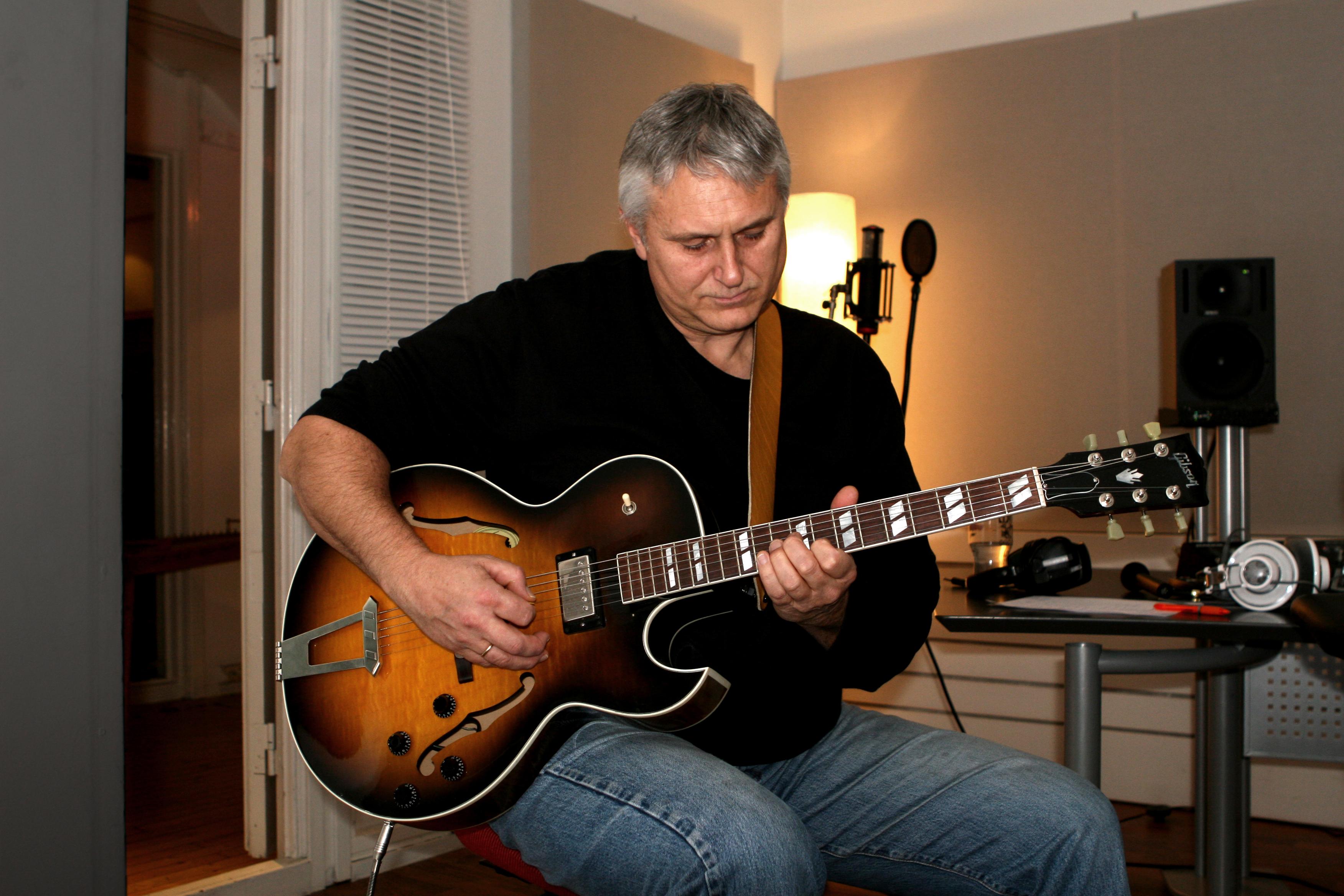Dag og en fin gitar