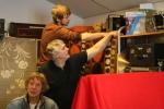 Tor, Dag og Johan rigger lyddemping