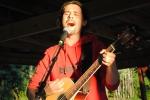 Anders spilte litt etter konserten vår på Skuterud Gård 2010