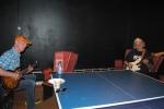 Sigmund og Dag backstage på Manglerud Ungdomshus.