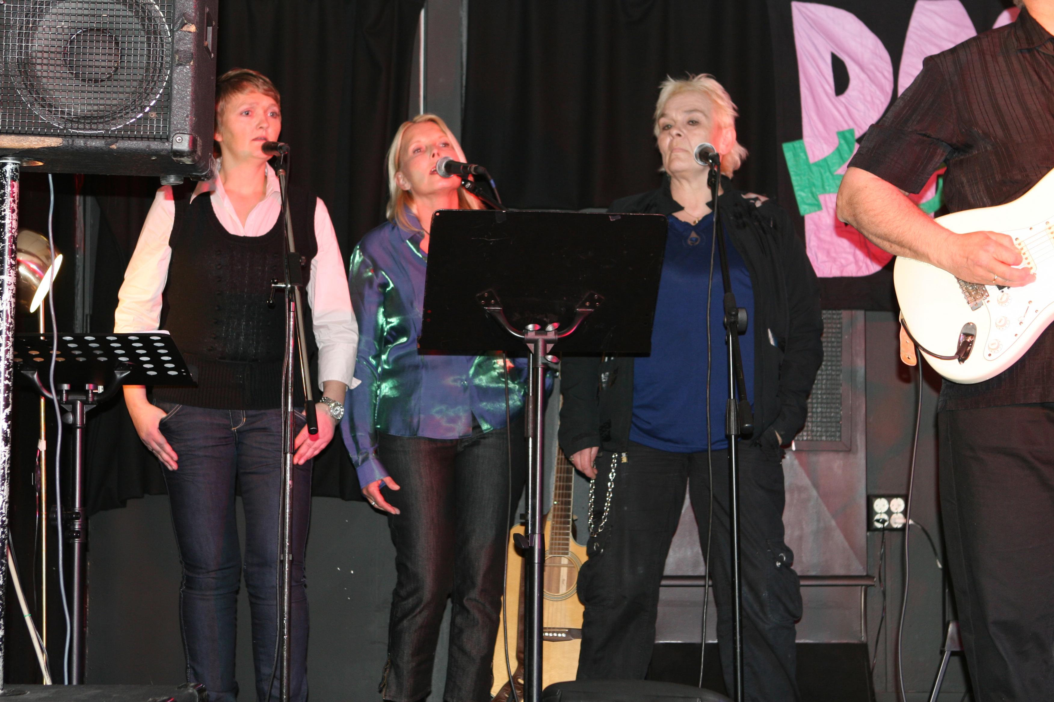 """Rita, Adelheid og Bente fra """"Musikk i fengsel og frihet"""""""