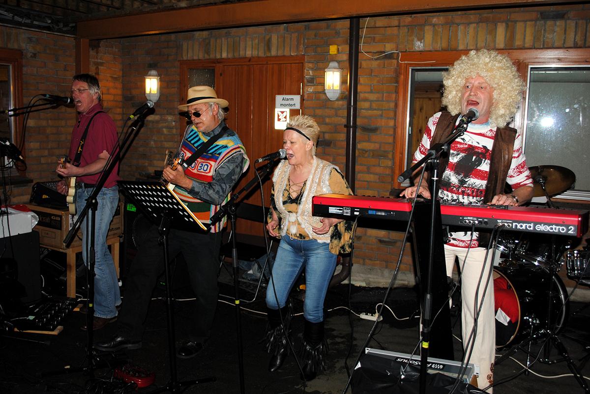 Bursdagsbandet KCBB spilte på Adelheids bursdag 23. juni 2012